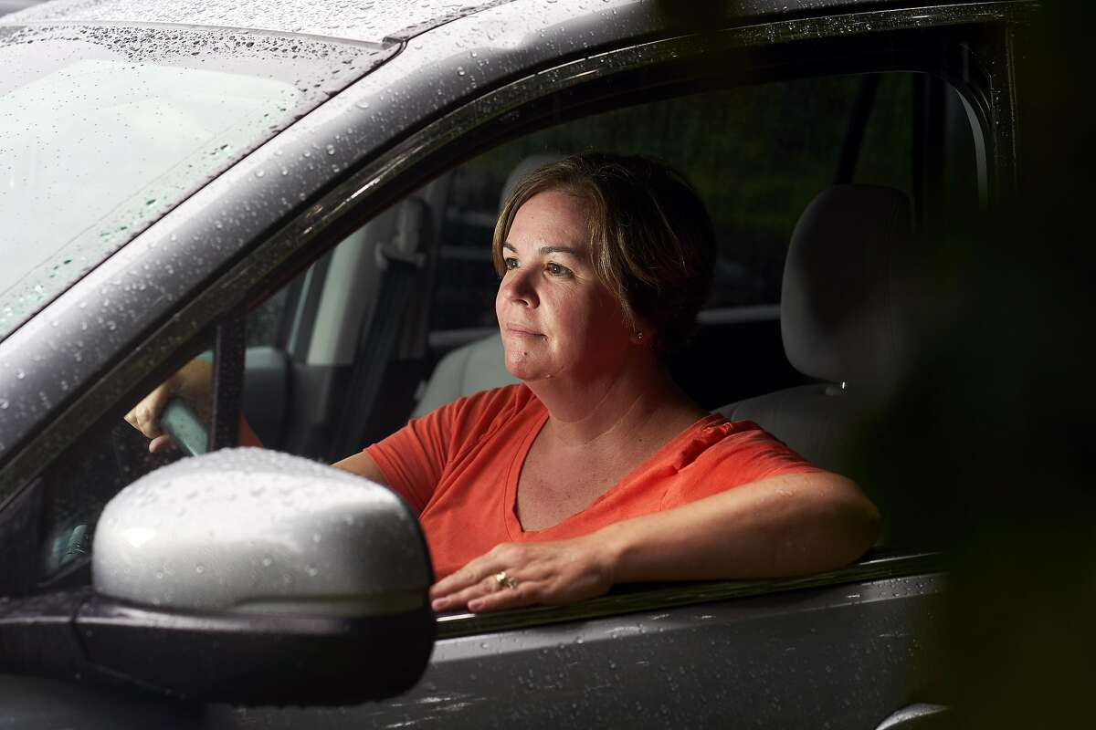 Suzanne Cray in the used Honda Pilot that she recently purchased in Boston on Sept. 2, 2020. Used car prices have jumped during the pandemic as buyers worry about using public transit, hailing rides or tightened finances. (David Degner/The New York Times)