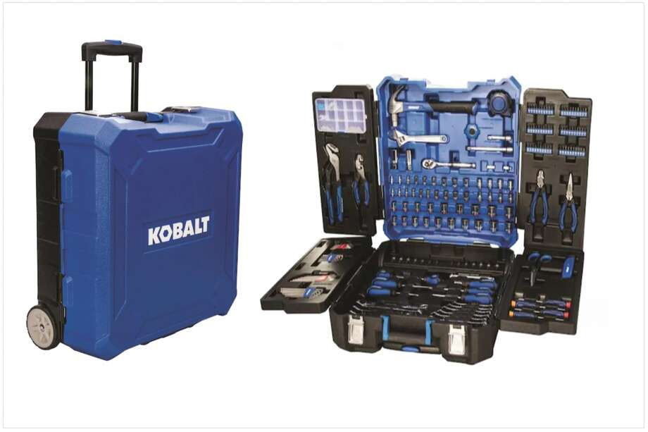 Kobalt 200 piece tool set on sale at Lowes. Photo: Lowes