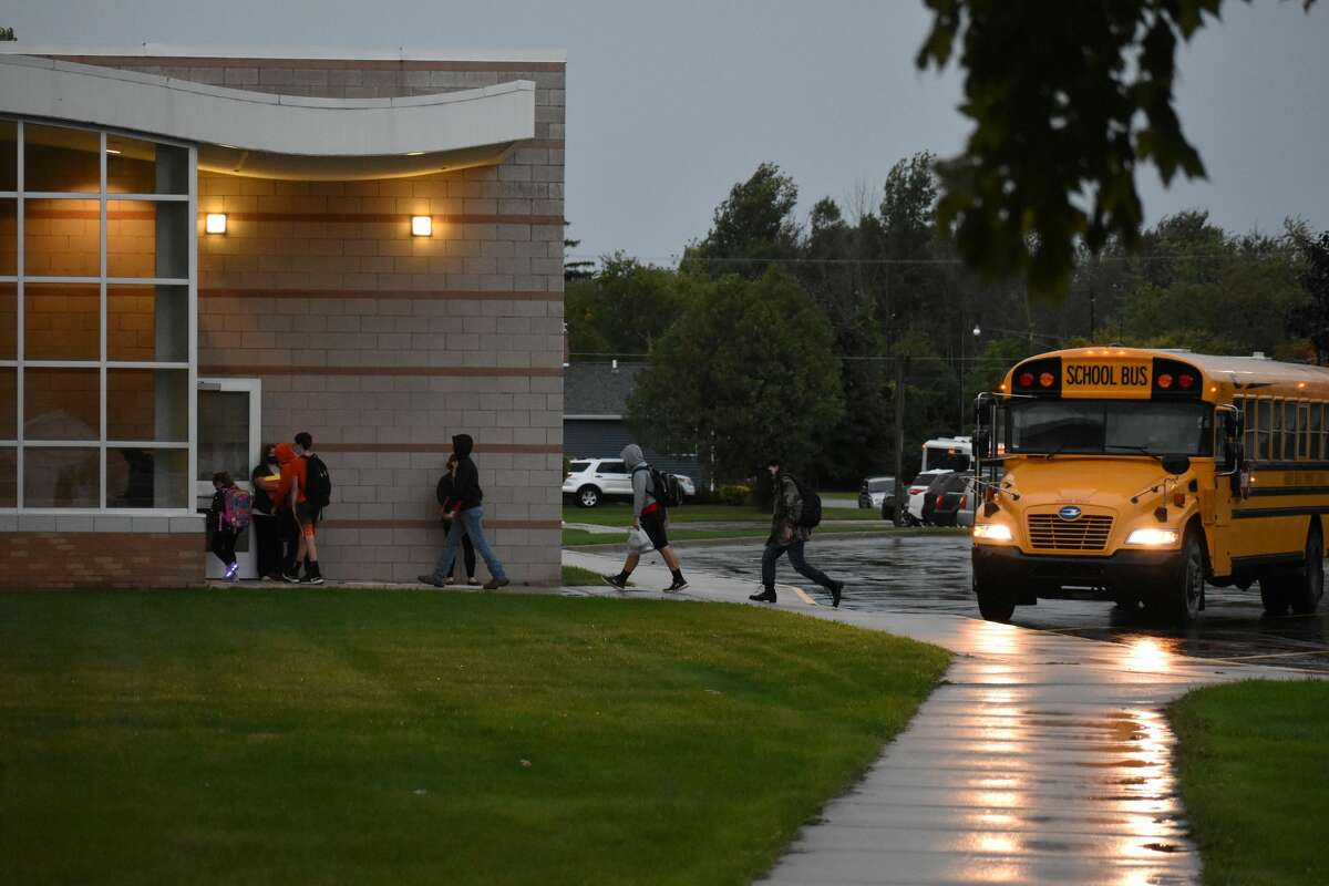 Students returned to school Tuesday September 8 at Harbor Beach Community Schools. Despite the rain and precautions in place due to the pandemic, many students were eager to see their teachers and classmates.