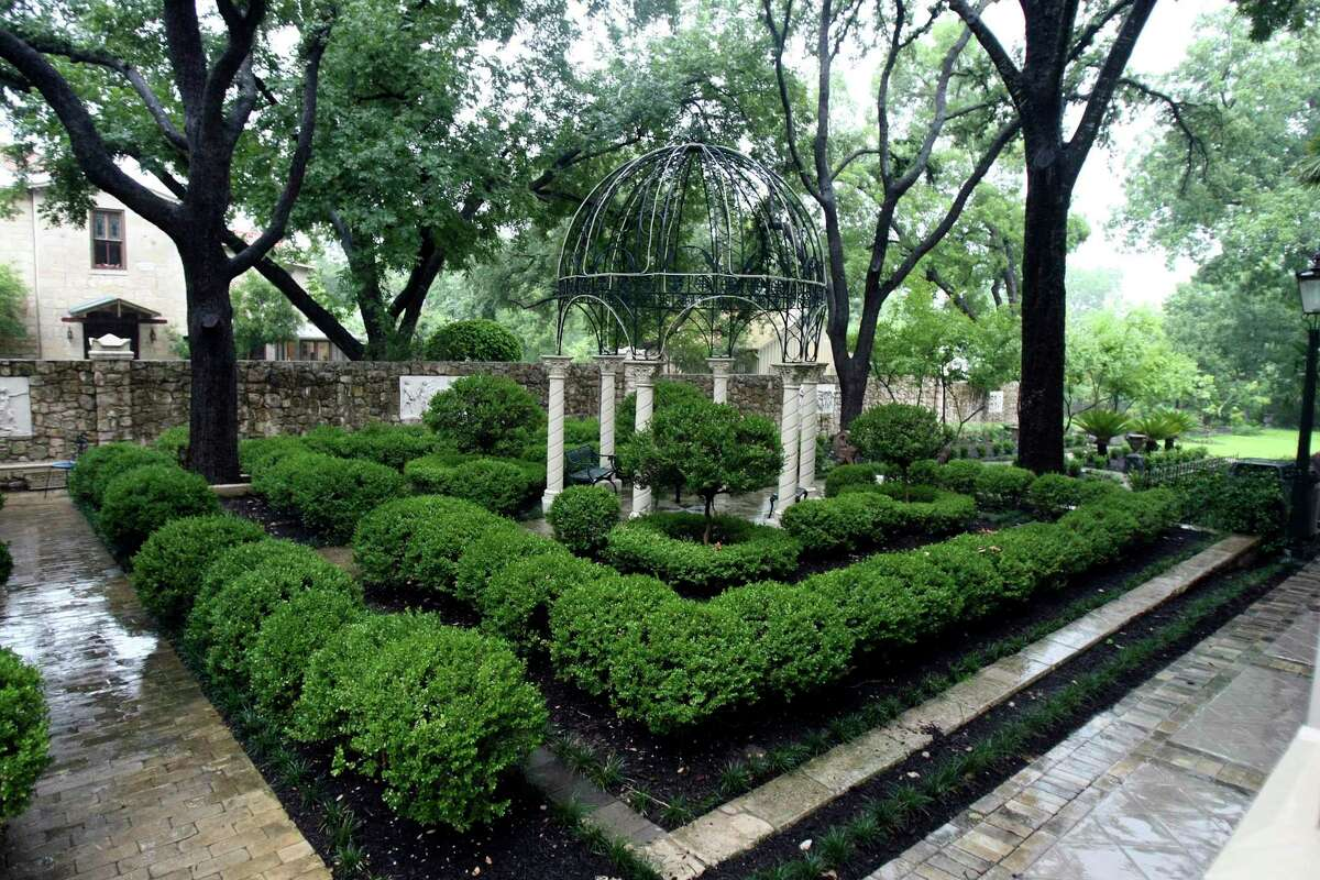 Villa Finale has beautiful landscaping in its outdoor gardens with neatly trimmed boxwoods and an expanse of lawn. The historic home has reopened for brief tours; it had been closed for six months due to the novel coronavirus pandemic.