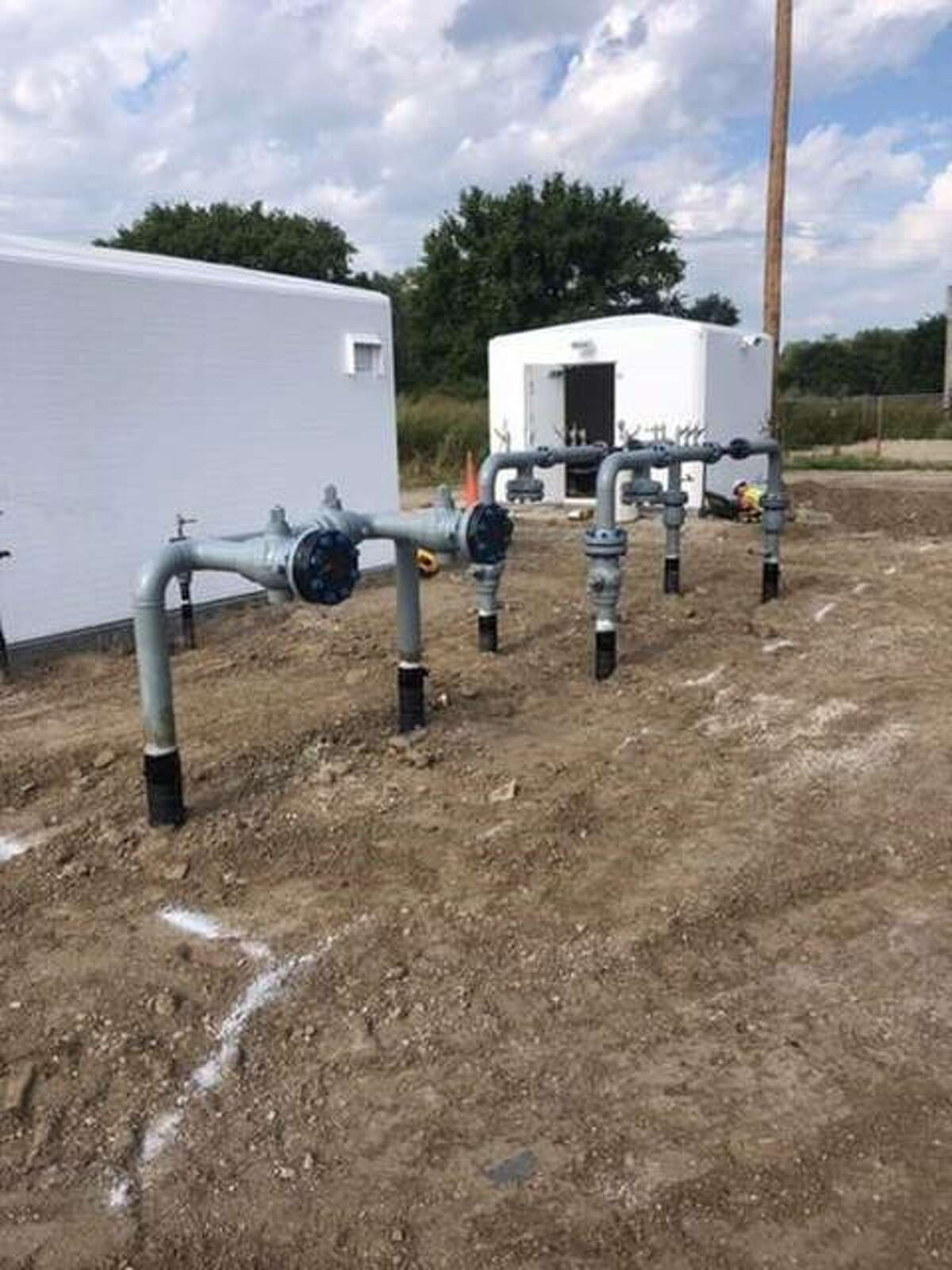 Ameren Illinois' $1.3 million update to its natural gas system in Alton is expected to be completed in November.