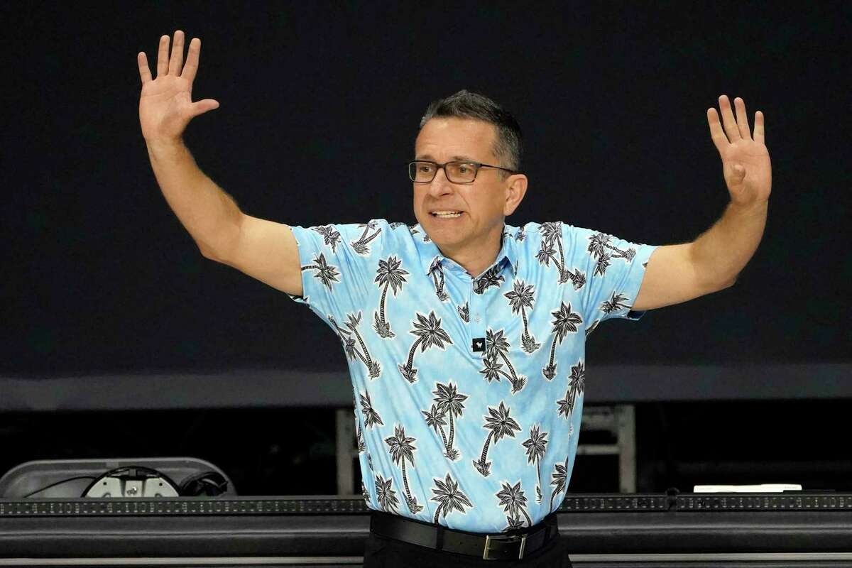 Connecticut Sun head coach Curt Miller reacts during the second half of a WNBA basketball game against the New York Liberty Tuesday, Sept. 1, 2020, in Bradenton, Fla. (AP Photo/Chris O'Meara)