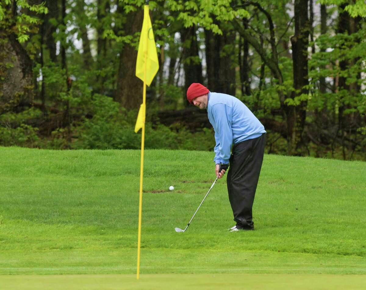 Jim Welch chips onto the green during the Tri-County Match Play at the Colonie Golf and Country Club on Sunday, May 12, 2019, in Voorheesville, N.Y. (Paul Buckowski/Times Union)