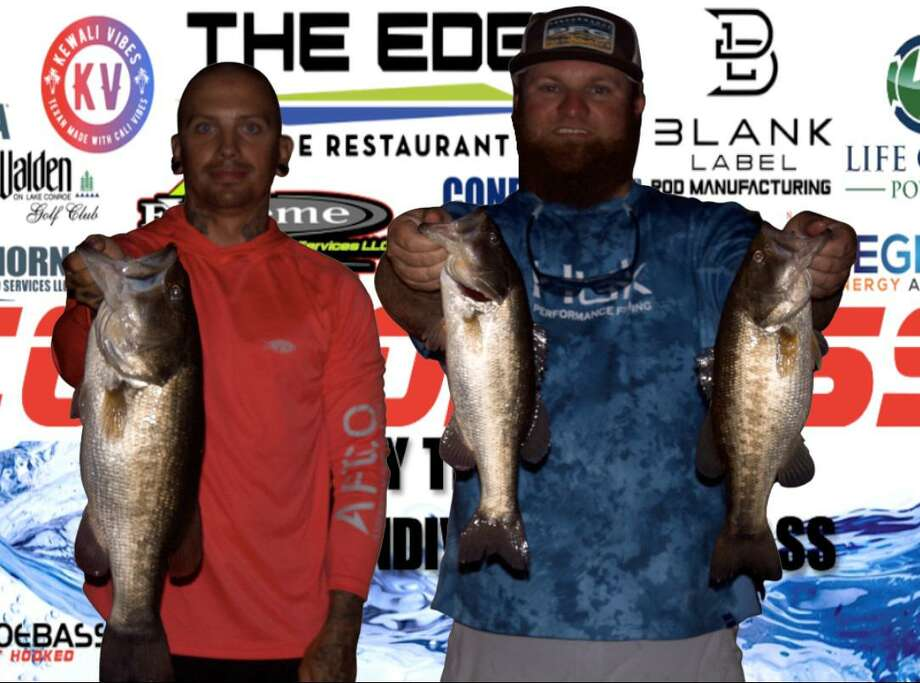 Brandon Sheridan and Nick Stanislaus won the CONROEBASS Tuesday Night tournament with a stringer weight of 11.29 pounds. Photo: CONROEBASS