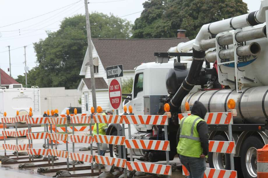 Barrels were placed on September 9 on the inner lanes of U.S. 31 from First St. to Ninth St. for sewer main upgrades. Photo: Erin Glynn/Manistee News Advocate