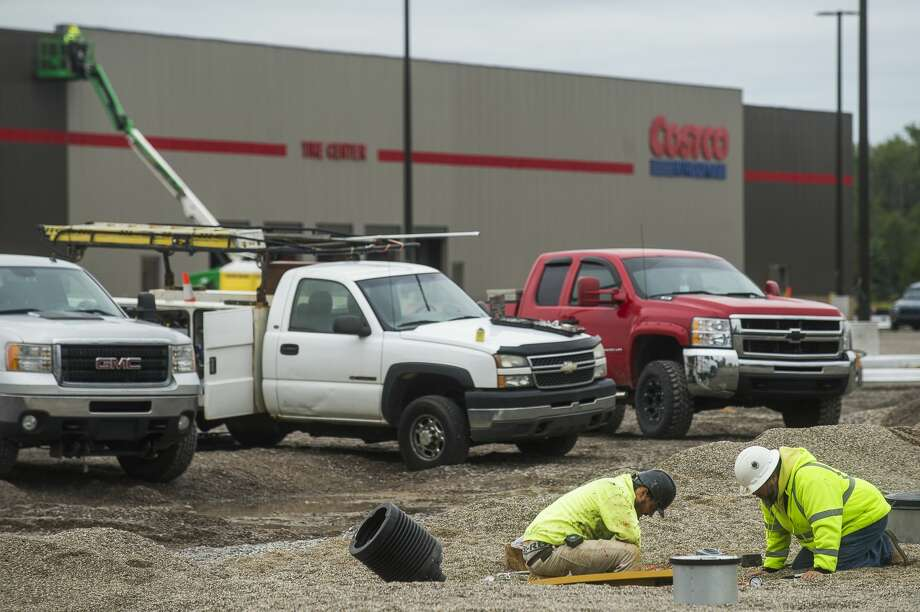 Construction continues at the new Costco at 4816 Bay City Rd. Wednesday, Sept. 9, 2020 in Midland. (Katy Kildee/kkildee@mdn.net) Photo: (Katy Kildee/kkildee@mdn.net)