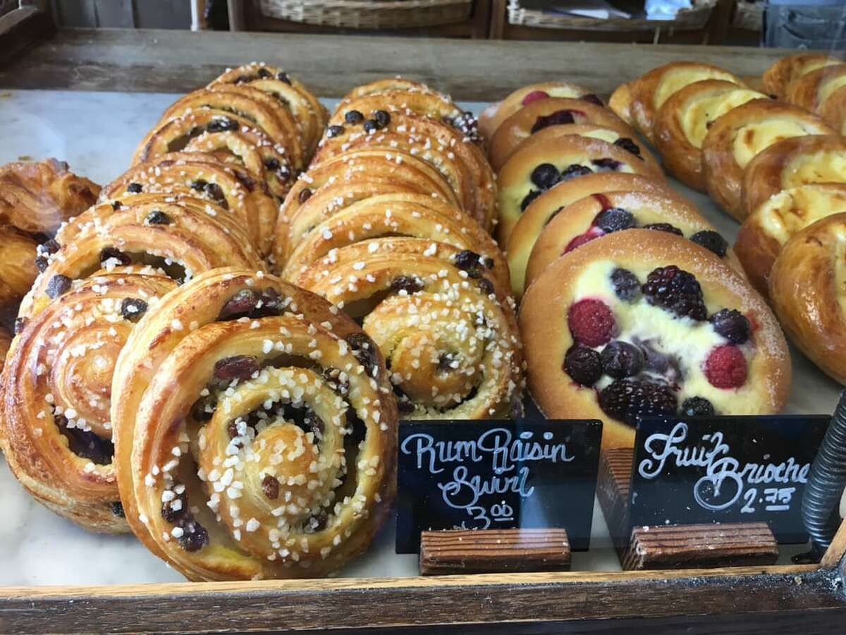 Local bakery chain La Boulangerie de San Francisco has permanently closed two of its locations.