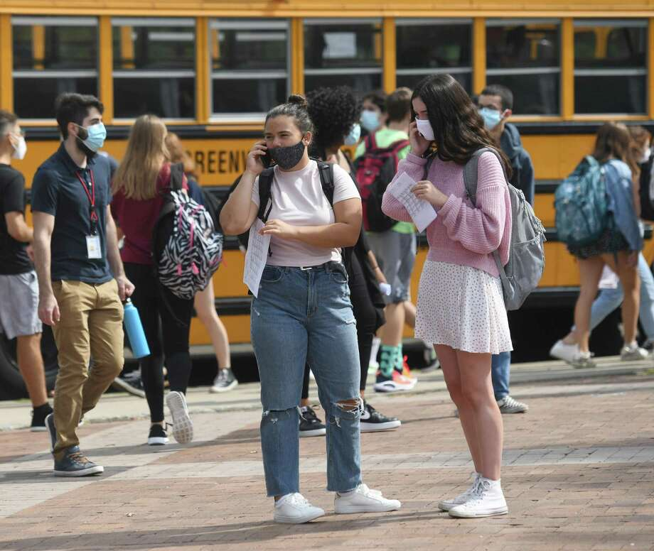 Students from the first cohort are dismissed to make way to the second cohort at Greenwich High School in Greenwich, Conn. Wednesday, Sept. 9, 2020. Photo: File /Tyler Sizemore / Hearst Connecticut Media / Greenwich Time