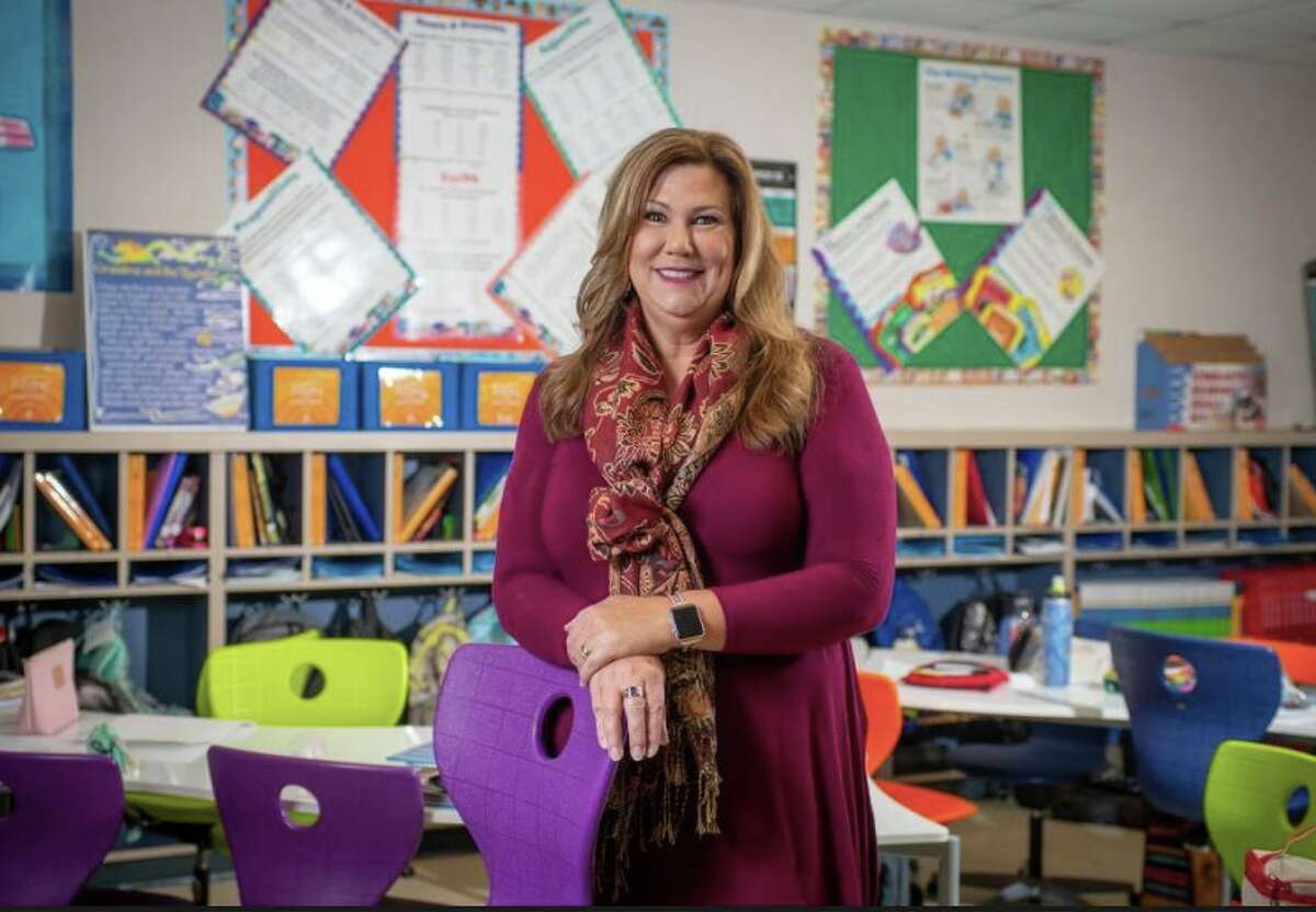 """Lisa Barry, Woodridge Elementary School, Alamo Heights ISD """"Getting children involved in issues they are interested in is a great way to teach beyond the classroom. As a reading, writing and social studies teacher, I am privileged to be able to teach in a cross-curricular manner,"""" Barry told TASA.""""While I was working with colleagues to make Holocaust education mandatory in the state of Texas, I shared each step of success with my students, allowing them to watch the Senate and House votes, my testimony before the Senate Education Committee, and the governor's signing the bill into law. They learned firsthand how a bill becomes a law."""""""