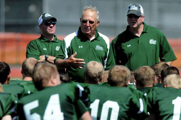 Shen coach Brent Steuerwald talks with his team during a break in their scrimmage against Union-Endicott. (Cindy Schultz / Times Union) Photo: Cindy Schultz