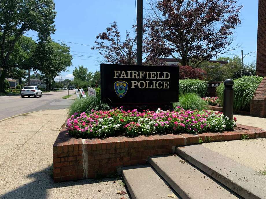 The Fairfield Police Department headquarters on Reef Road. Photo: / Josh LaBella