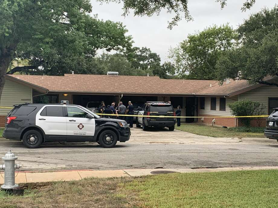 San Antonio police are investigating a fatal shooting on the South Side. Photo: Taylor Pettaway