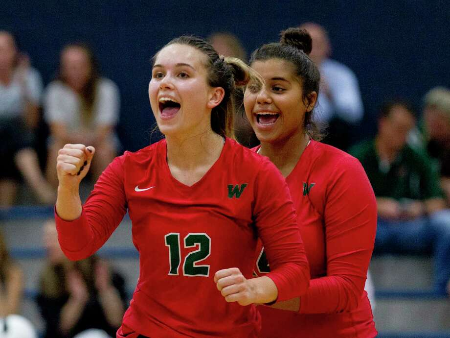 The Woodlands setter Clara Brower (12) was named a MaxPreps Preseason All-American. Photo: Jason Fochtman, Houston Chronicle / Staff Photographer / Houston Chronicle