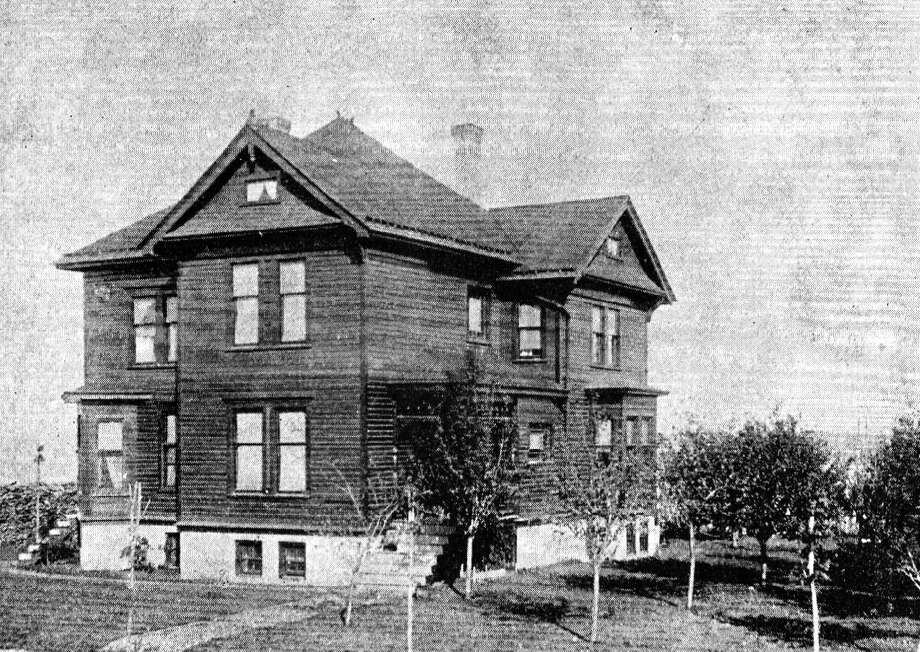 The residence of Thomas Kenny located on the corner of First and Sibben streets. (Manistee County Historical Museum photo)