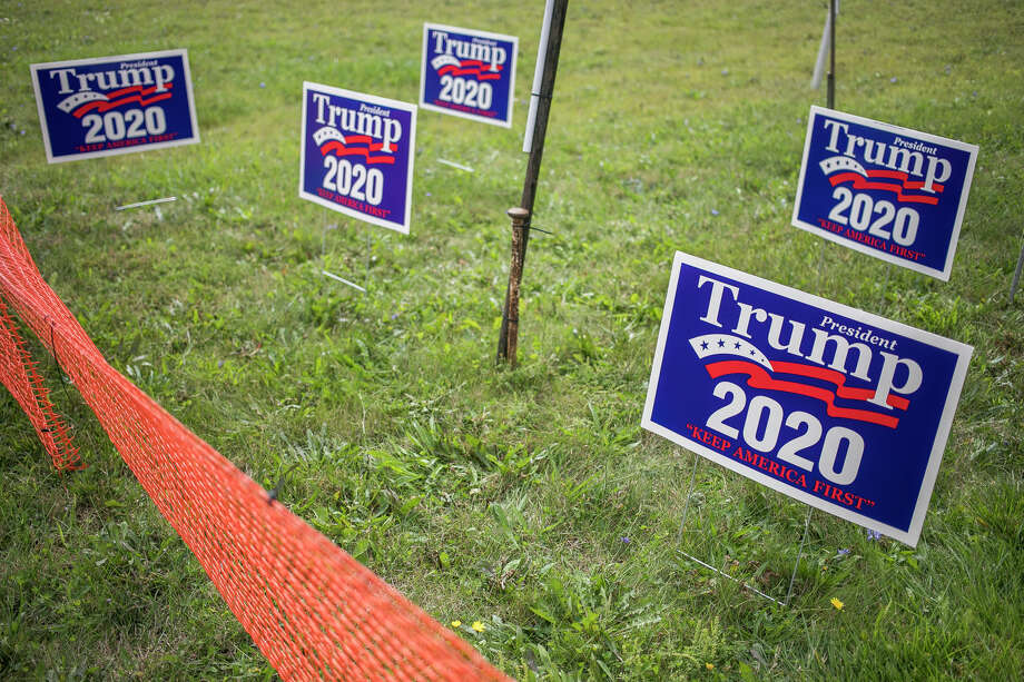 Supporters of President Donald Trump continue to arrive at MBS International Airport ahead of his campaign rally Thursday, Sept. 10, 2020 in Freeland. (Katy Kildee/kkildee@mdn.net) Photo: (Katy Kildee/kkildee@mdn.net)