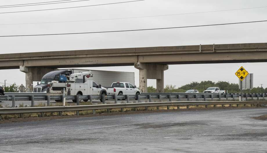 Traffic flows under and over the Cotton Flat Rd overpass at I-20 09/10/2020 afternoon. Tim Fischer/Reporter-Telegram Photo: Tim Fischer/Midland Reporter-Telegram
