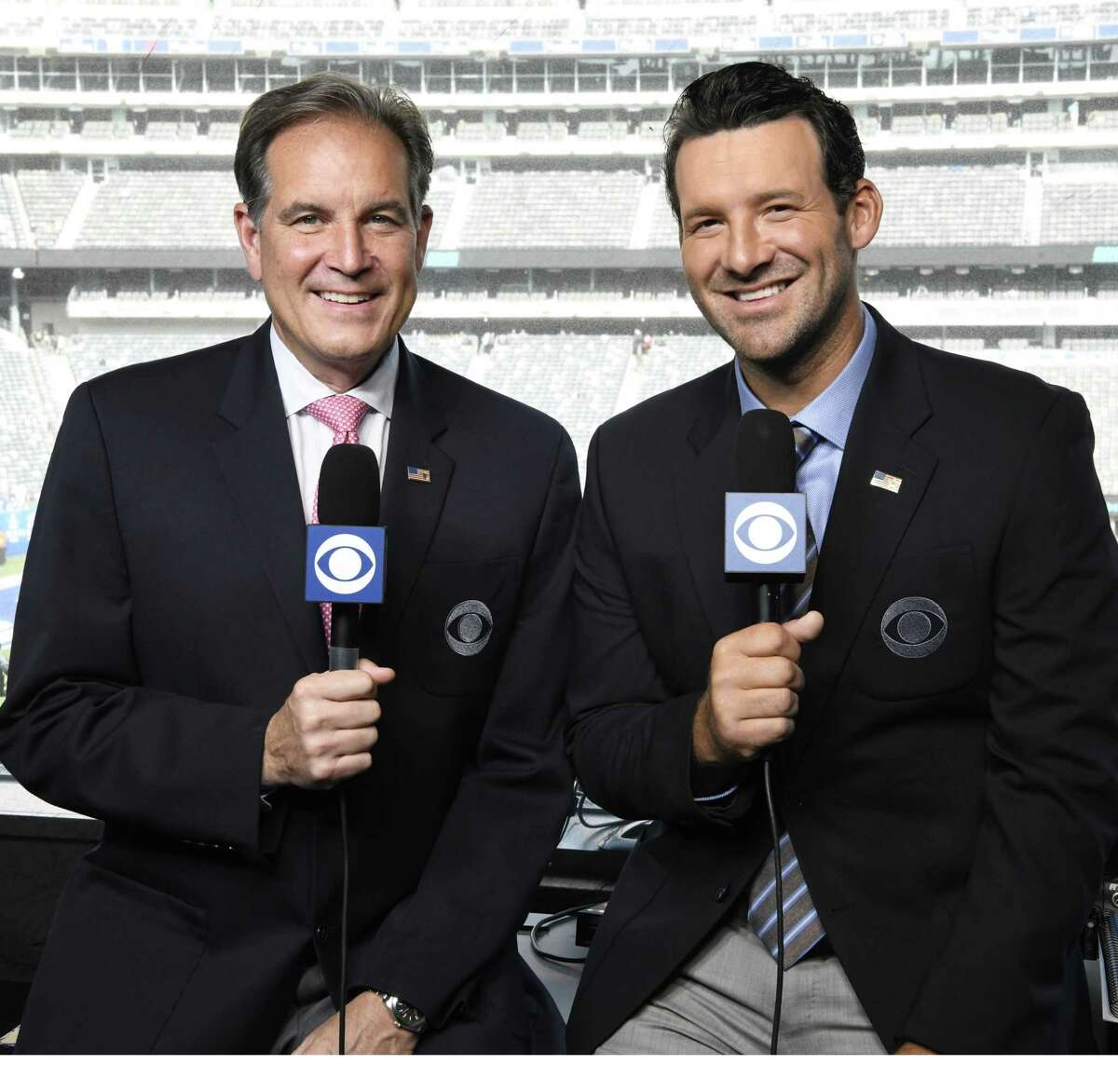 NFL on CBS Left: Jim Nantz Lead NFL play-by-play Announcer, Tony Romo Lead Analyst and Tracy Wolfson Lead Reporter. Photo Cr.: John Paul Filo/CBS CBS Aƒ?A'c.2018 CBS Broadcasting Inc. All Rights Reserved