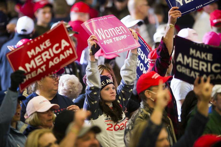 Supporters of President Donald Trump exit after a campaign rally Thursday, Sept. 10, 2020 at MBS International Airport in Freeland. (Katy Kildee/kkildee@mdn.net) Photo: (Katy Kildee/kkildee@mdn.net)