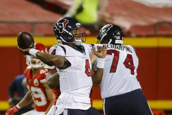 Houston Texans quarterback Deshaun Watson (4) looks to pass during the fourth quarter of an NFL football game on Thursday, Sept. 10, 2020, at Arrowhead Stadium in Kansas City.