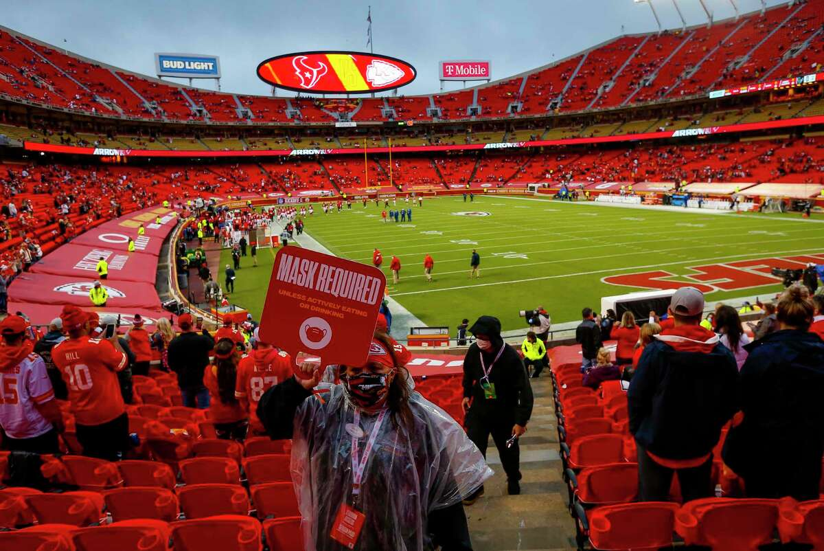 PHOTOS: A look at some of the fans at last week's Texans-Chiefs game An usher reminds fans of the rules while they find their seats before an NFL football game on Thursday, Sept. 10, 2020, at Arrowhead Stadium in Kansas City.