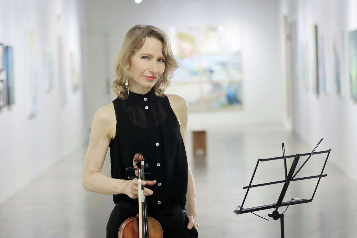 Violinist Dominika Dancewicz is featured in Pin Lim's video,
