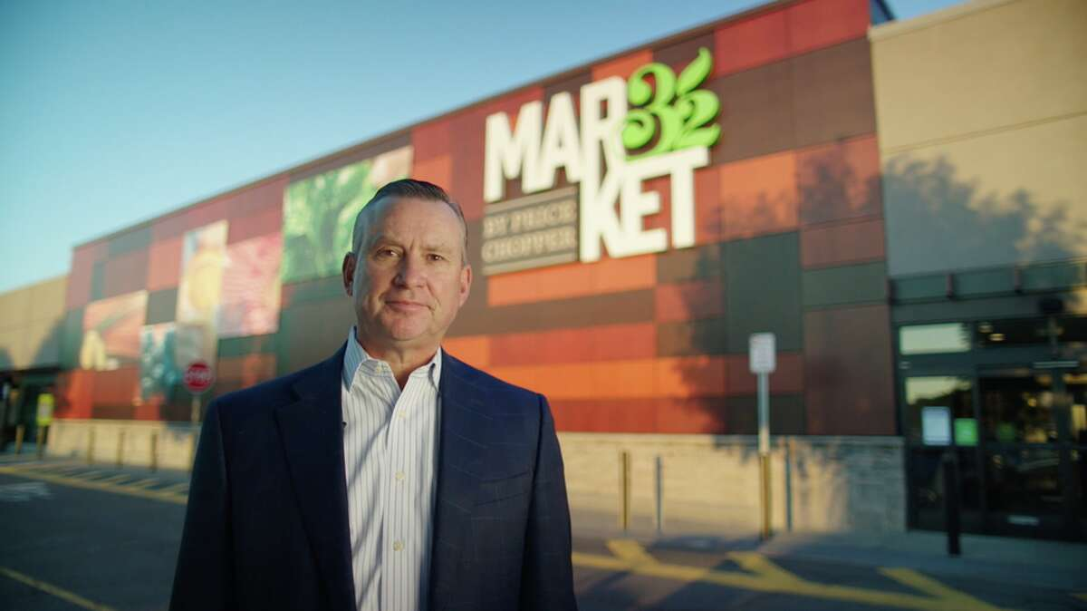 Price Chopper/Market 32 CEO Scott Grimmett in the supermarket chain's latest TV ad on safety at its stores during the COVID-19 pandemic.