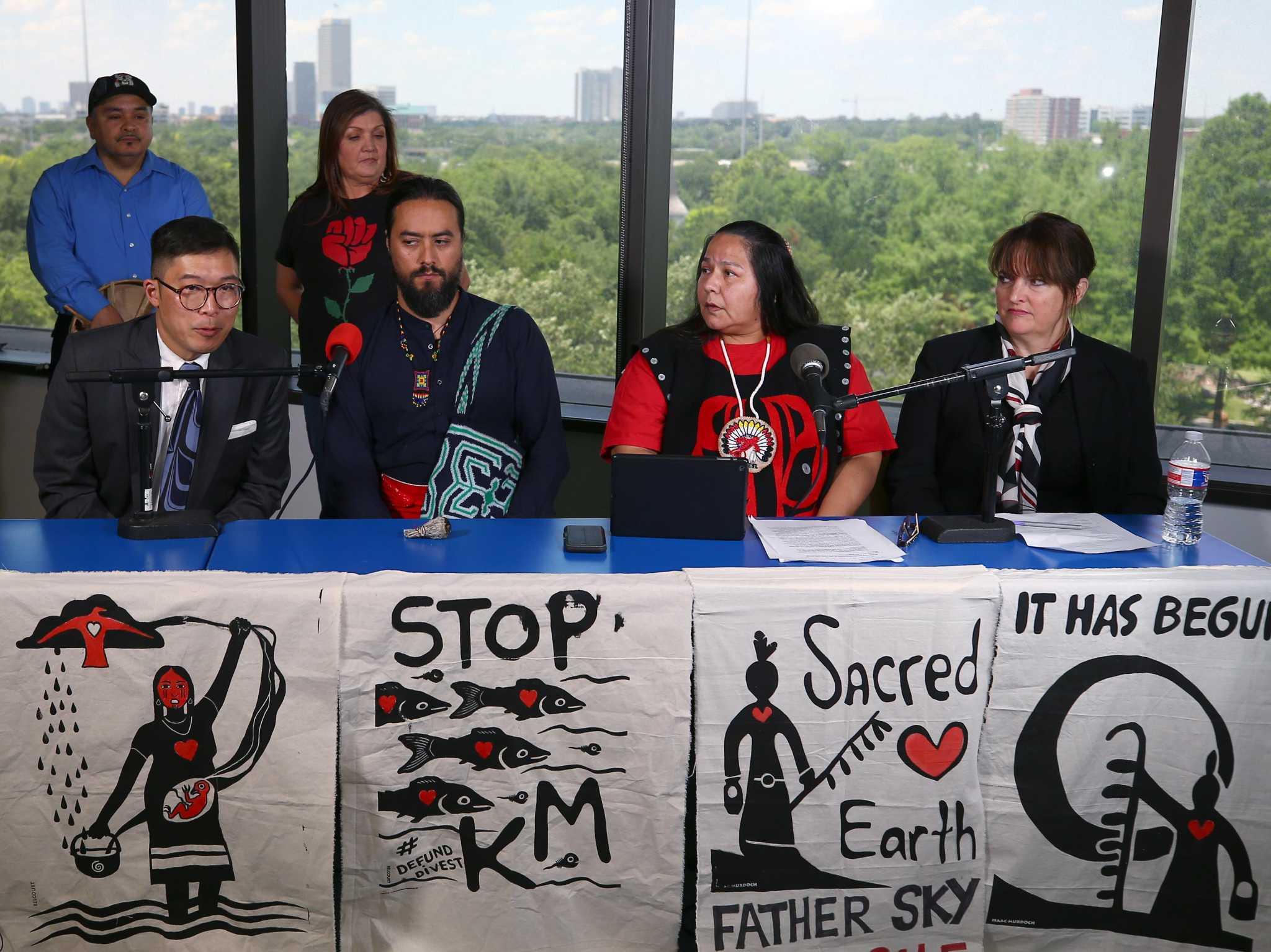 Opinion: State-based insurer should drop tar sands pipeline