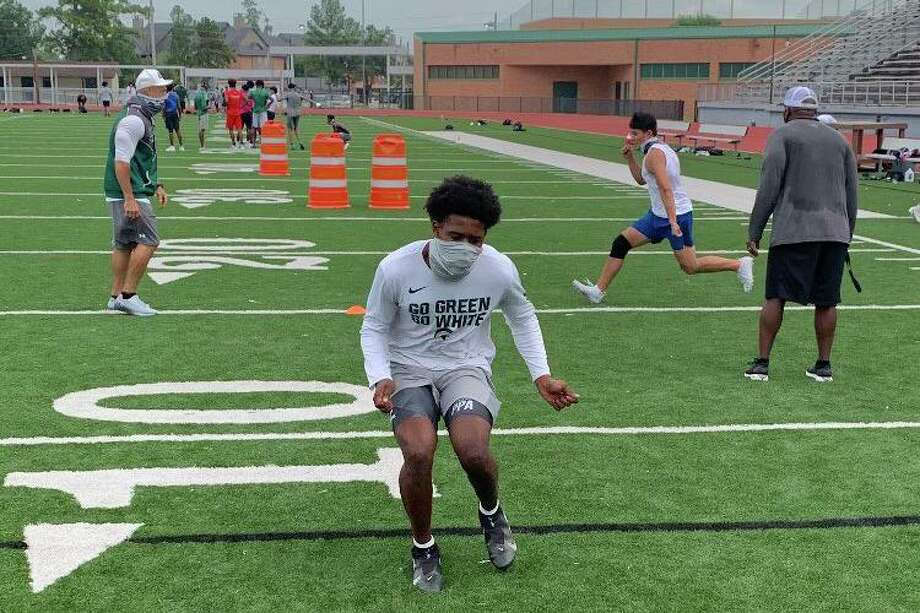 Spring Independent School District allowed Dekaney High School athletes to restart summer strength and conditioning camp and skills training starting Tuesday, Sept. 8, amid the COVID-19 pandemic. Photo: Photos Courtesy Of Spring ISD