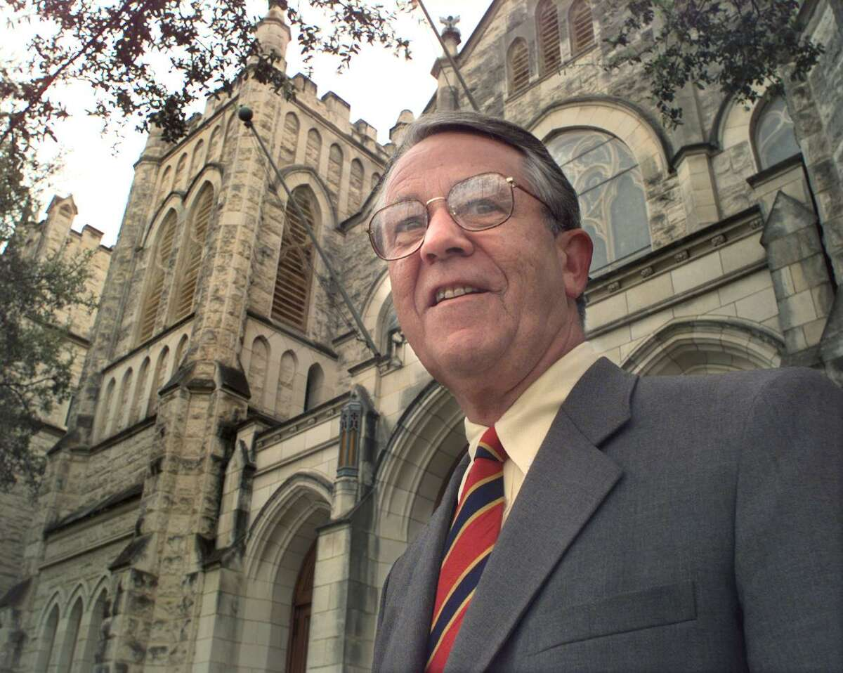 Louis Zbinden Jr. led the First Presbyterian Church in San Antonio for more than three decades. He died Friday.