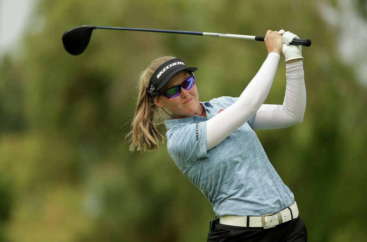 RANCHO MIRAGE, CALIFORNIA - SEPTEMBER 12: Brooke Henderson of Canada plays a tee shot on the 12th hole during the third round of the ANA Inspiration at the Dinah Shore course at Mission Hills Country Club on September 12, 2020 in Rancho Mirage, California. (Photo by Jeff Gross/Getty Images)