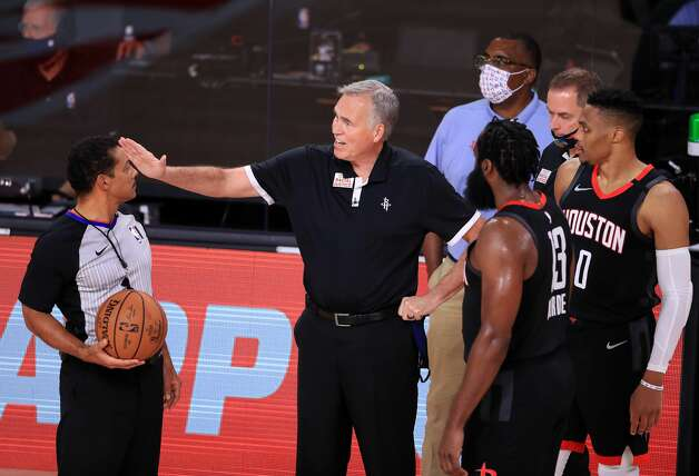 LAKE BUENA VISTA, FLORIDA - SEPTEMBER 12: Mike D'Antoni of the Houston Rockets talks to the referee during the third quarter against the Los Angeles Lakers in Game Five of the Western Conference Second Round during the 2020 NBA Playoffs at AdventHealth Arena at the ESPN Wide World Of Sports Complex on September 12, 2020 in Lake Buena Vista, Florida. NOTE TO USER: User expressly acknowledges and agrees that, by downloading and or using this photograph, User is consenting to the terms and conditions of the Getty Images License Agreement. (Photo by Michael Reaves/Getty Images) Photo: Michael Reaves/Getty Images / 2020 Getty Images