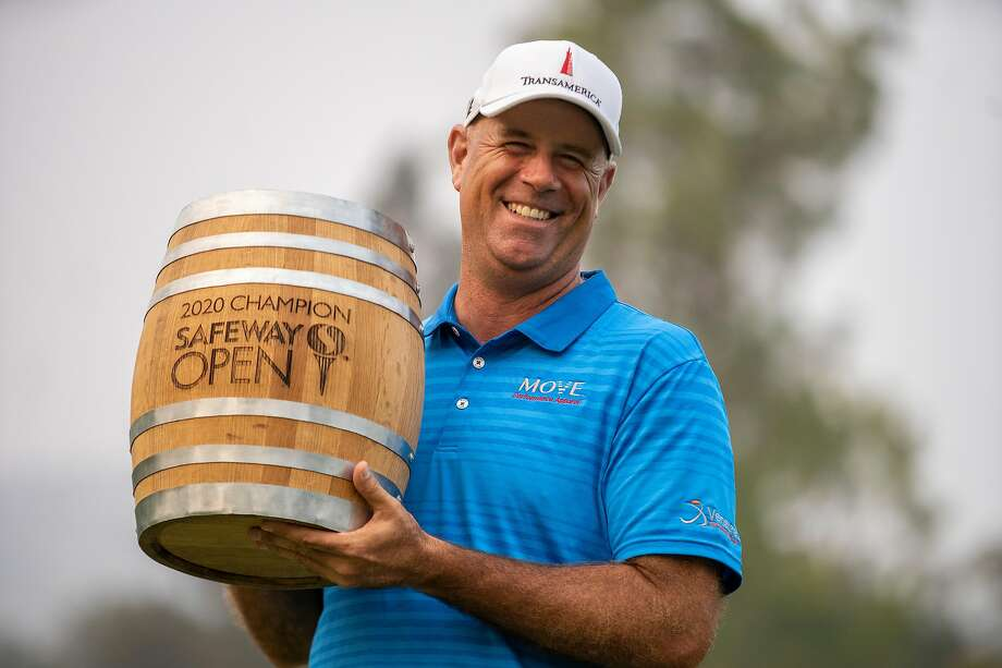 Stewart Cink returns to winner's circle 11 years after edging Tom Watson  for Open title - Laredo Morning Times