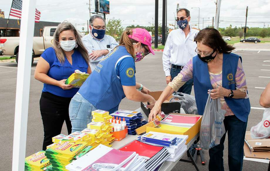 The Laredo Rotary Club organizes school supply donations outside the Texas Workforce Solutions, Wednesday, Sep. 9, 2020, during the Lunch Hour School Supply Drive. Photo: Danny Zaragoza, Staff Photographer / Laredo Morning Times