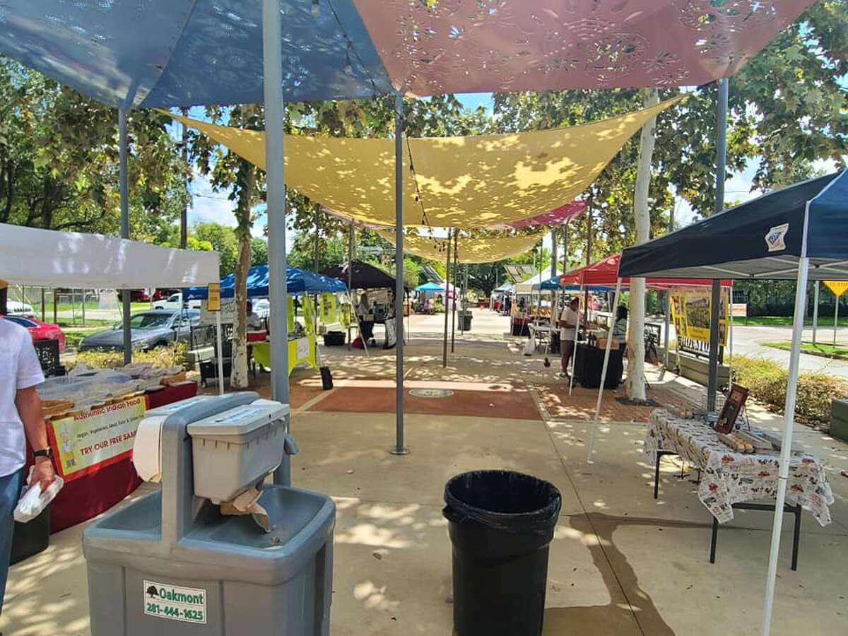 The East End Farmers Market reopened this past Sunday, Sept. 13, on the historic Navigation Esplanade providing fresh food and dairy products as well as handcrafted goods. The market will be open every Sunday from 10 a.m. to 2 p.m. going forward.