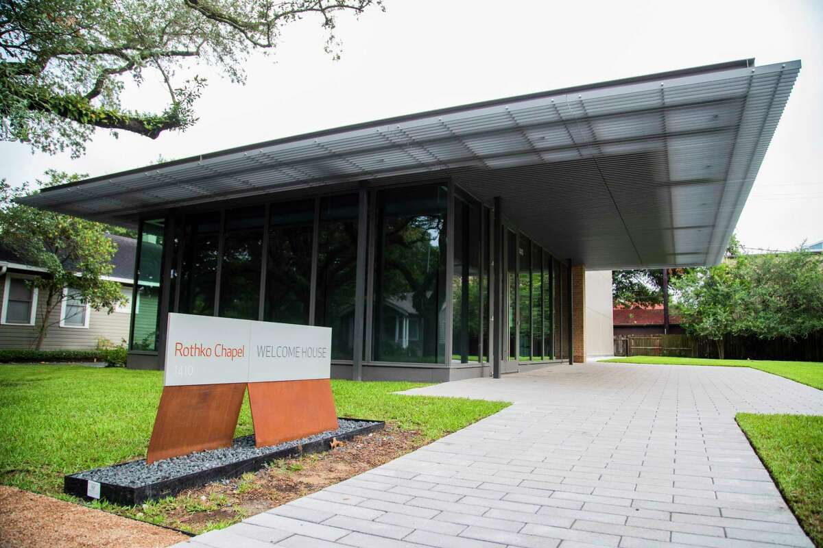 The Suzanne Deal Booth Welcome House greets guests at Rothko Chapel.