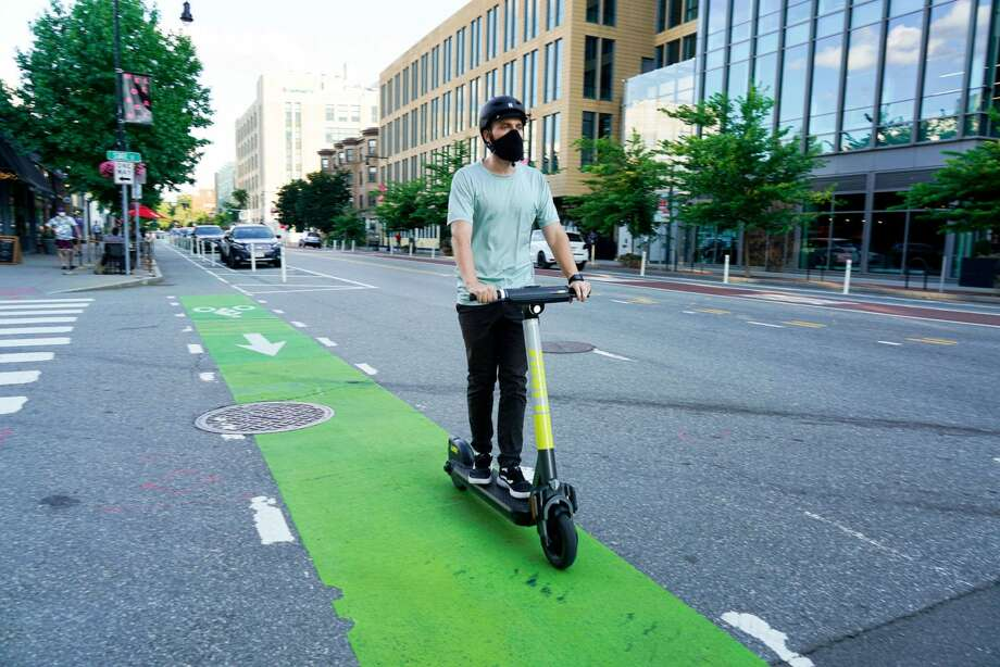 Seattle selects three scooter companies to seek permits — here's when they will hit the streets Photo: LINK