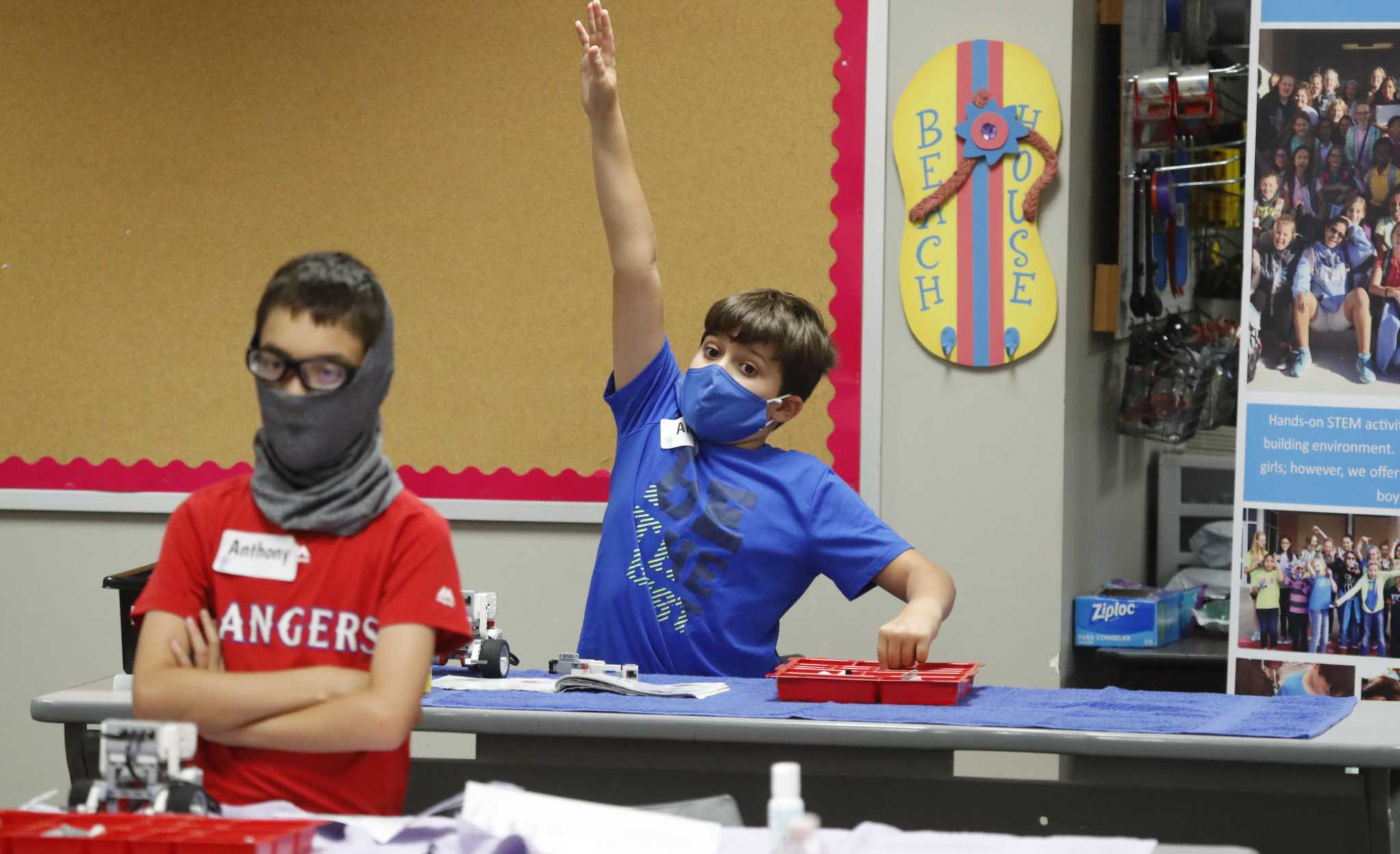 Texas Teachers Report Hundreds Of Covid Safety Violations Since Schools Reopened Expressnews Com