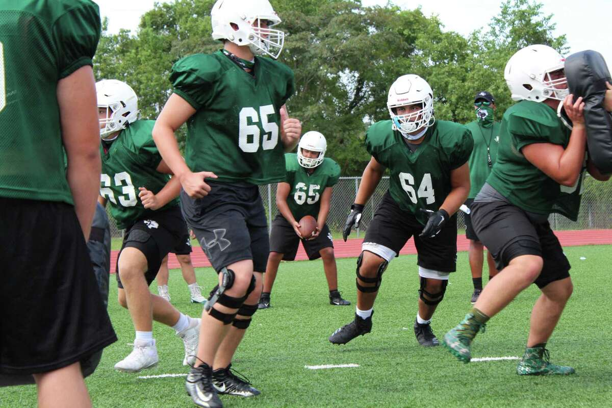 Sophmore left tackle Erick Zapata going through drills at practice.
