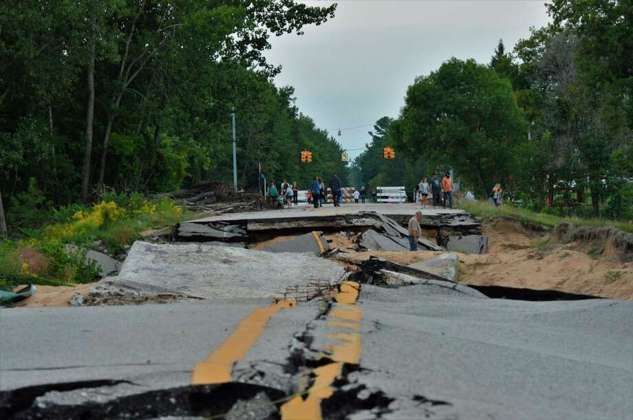 A retired social worker hopes to start local support groups that meet weeklyto help flood victims who need to talk about their problems related to the May flooding caused by theEdenville and Sanford dams failure after a heavy rain. (Daily News file photo)