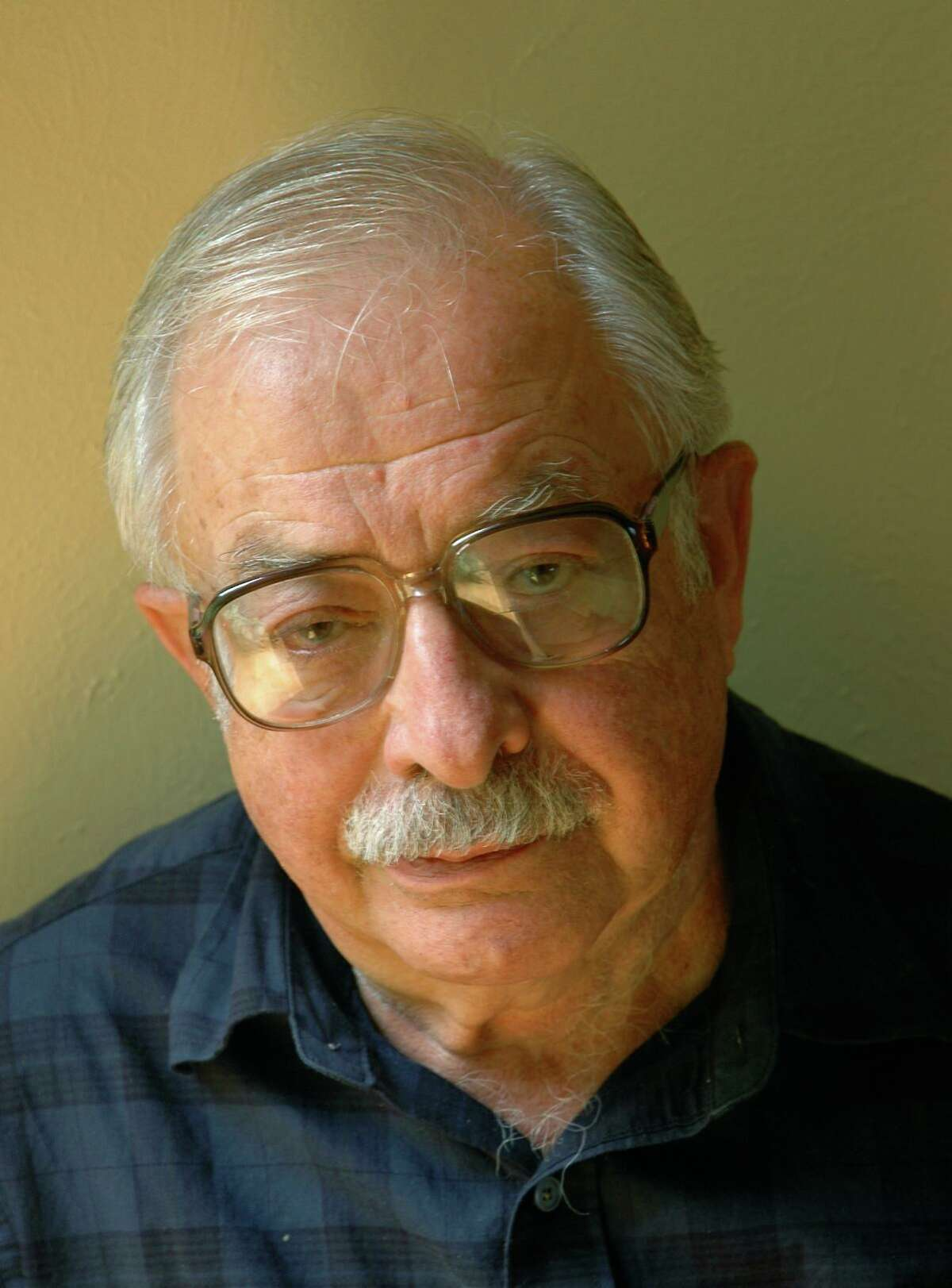 International energy expert Ken Touryan, Ph.D.