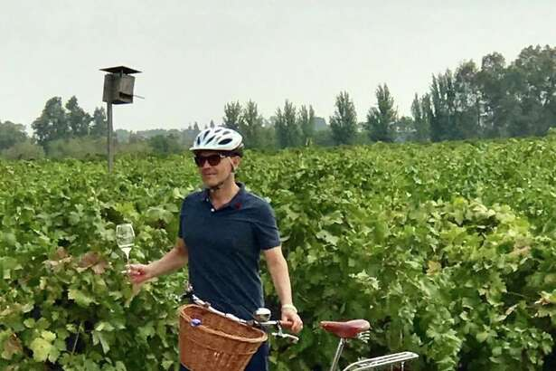 Favorite Bike Lodi itineraries include a 24.4-mile loop with optional stops at Michael David Winery and Café and d'Art Wines.
