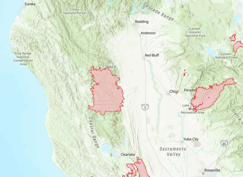 The August Complex Fire (center), now the largest wildfire ever recorded in California, extends 100 miles north to south. It is now threatening the Emerald Triangle pot-growing region, the center of the state's cannabis industry. Photo: Cal Fire