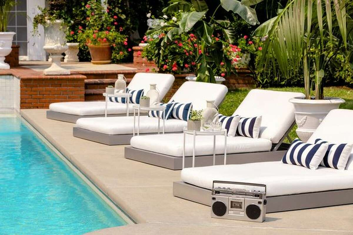 Choose from a dozen poolside lounge chairs. The reality behind the Fresh Prince mansion Of course this is a made-for-TV tale, so not everything is exactly true to life, including the location of the famed estate. For one, it isn't in Bel-Air-it's actually located in nearby Brentwood. But