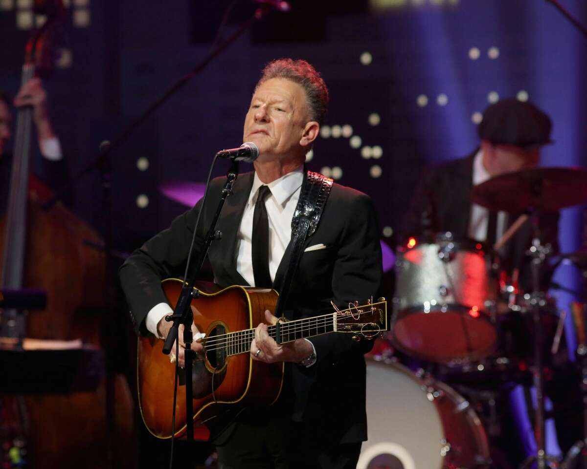 Lyle Lovett teams up with David Yoakam for a $10 digital concert. (Photo by Gary Miller/Getty Images)