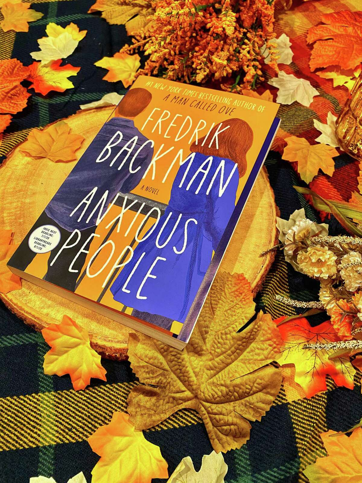 """Fredrik Backman spins a tale about a bank robbery, a bridge, idiots and more in """"Anxious People."""""""