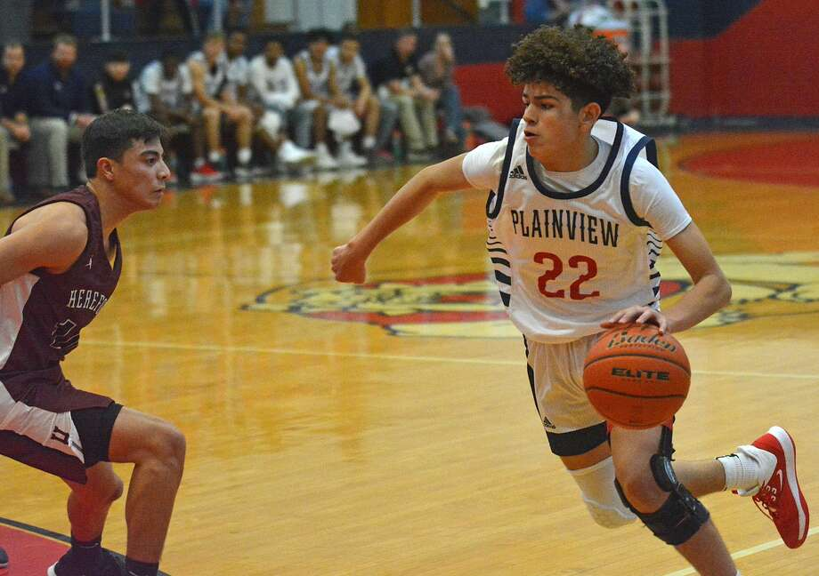 Plainview's Adolfo Martinez has been named to the second team of the Panhandle Plains Basketball Magazine Preseason Super Team. Photo: Nathan Giese/Planview Herald