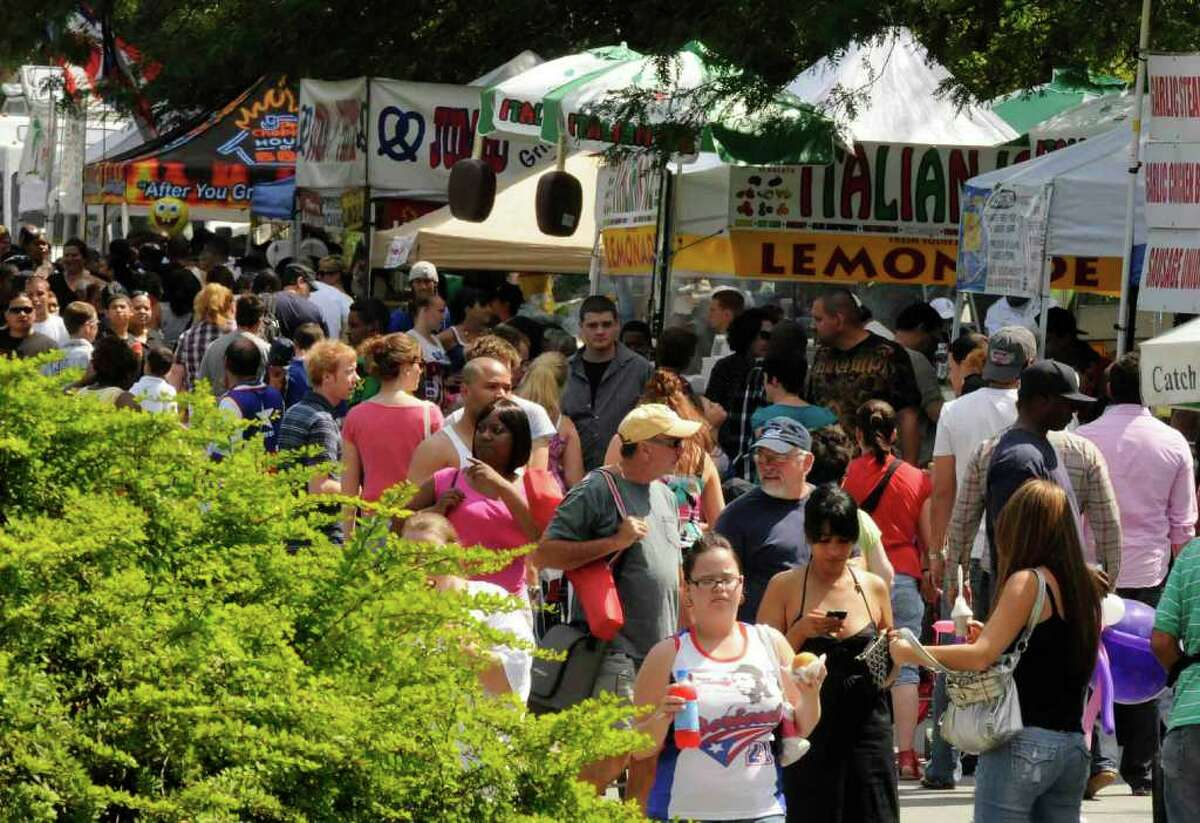 The line of food vendors during the 15th Annual Latin Fest at Washington Park in Albany Saturday, Aug. 28, 2010. (Michael P. Farrell / Times Union)