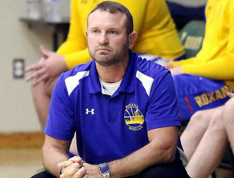 Roxana High school athletic director and boys basketball coach Mark Briggs is among area high school sports officials who have concerns with the latest directive from the Illinois High School Association regarding return to play during the COVID-19 pandemic. Photo: Telegraph File Photo
