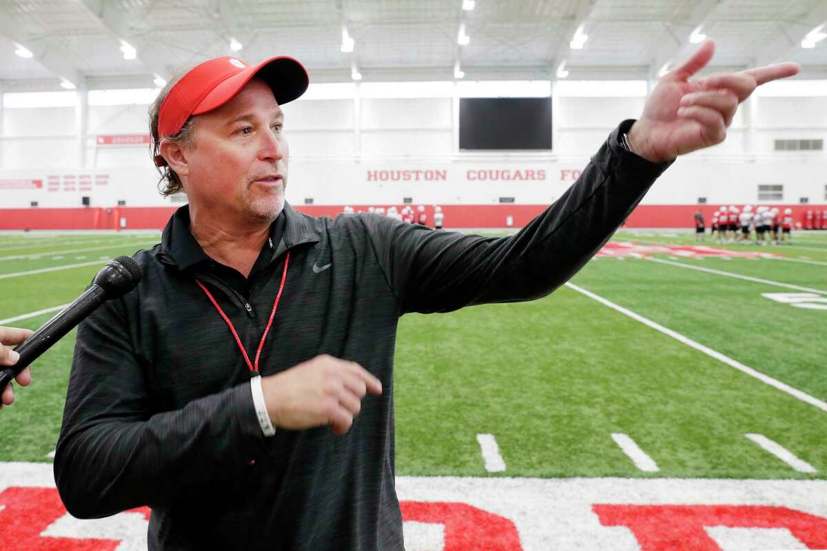 UH coach Dana Holgorsen doesn't see why schools need to schedule nonconference opponents as many as 10 years in advance.