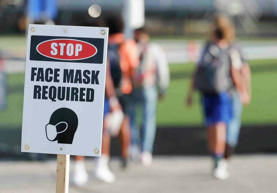 Montgomery County public health officials confirmed 166 new COVID-19 cases Tuesday but dropped 56 in active cases. Photo: Jason Fochtman, Houston Chronicle / Staff Photographer / 2020 © Houston Chronicle